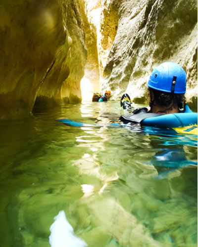 canyoning-agua-cool (4)