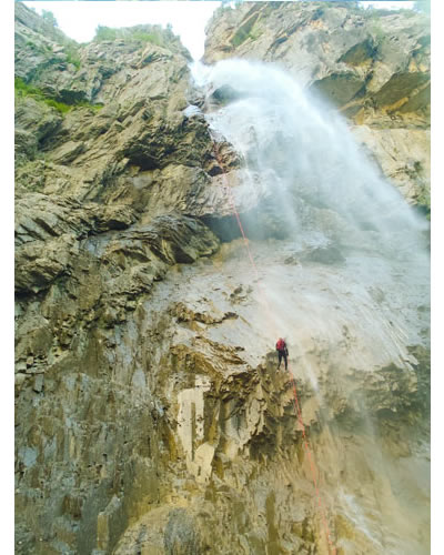 canyoning-agua-vertical (2)