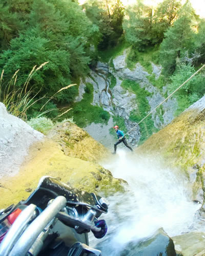 canyoning-agua-vertical (3)
