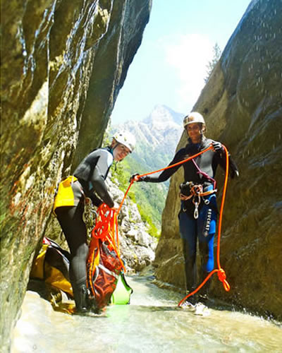 canyoning-agua-vertical (1)